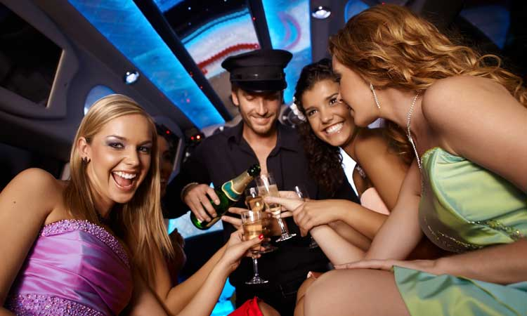 Conroe Limousine - Bachelorette or Bachelor Party